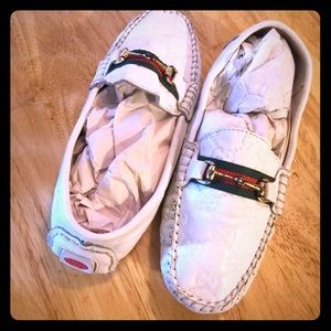 Auth GUCCI Embossed White Drivers Shoes Loafers 7